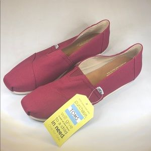 (p238) Mens TOMS Classic Slip On Casual Shoe
